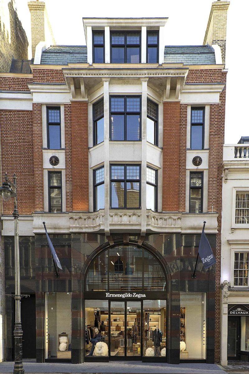 L'ingresso del nuovo global store Zegna a Londra