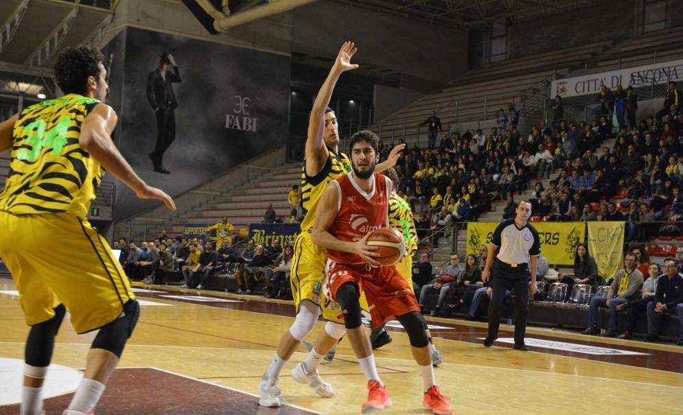 Un'azione della partita tra Trieste e Recanati