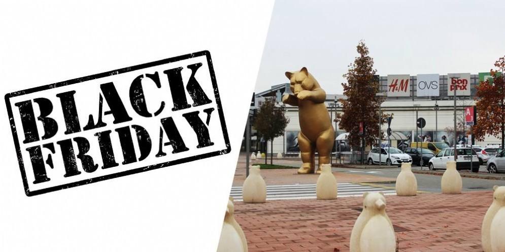Il Black Friday al Centro Commerciale gli Orsi