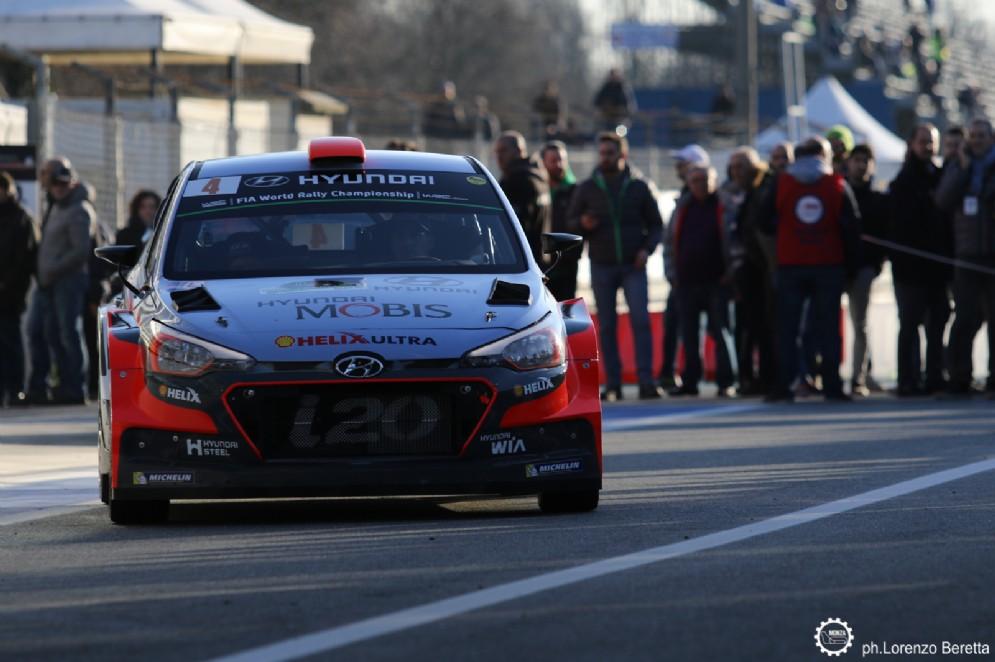 Dani Sordo in pista con la sua Hyundai