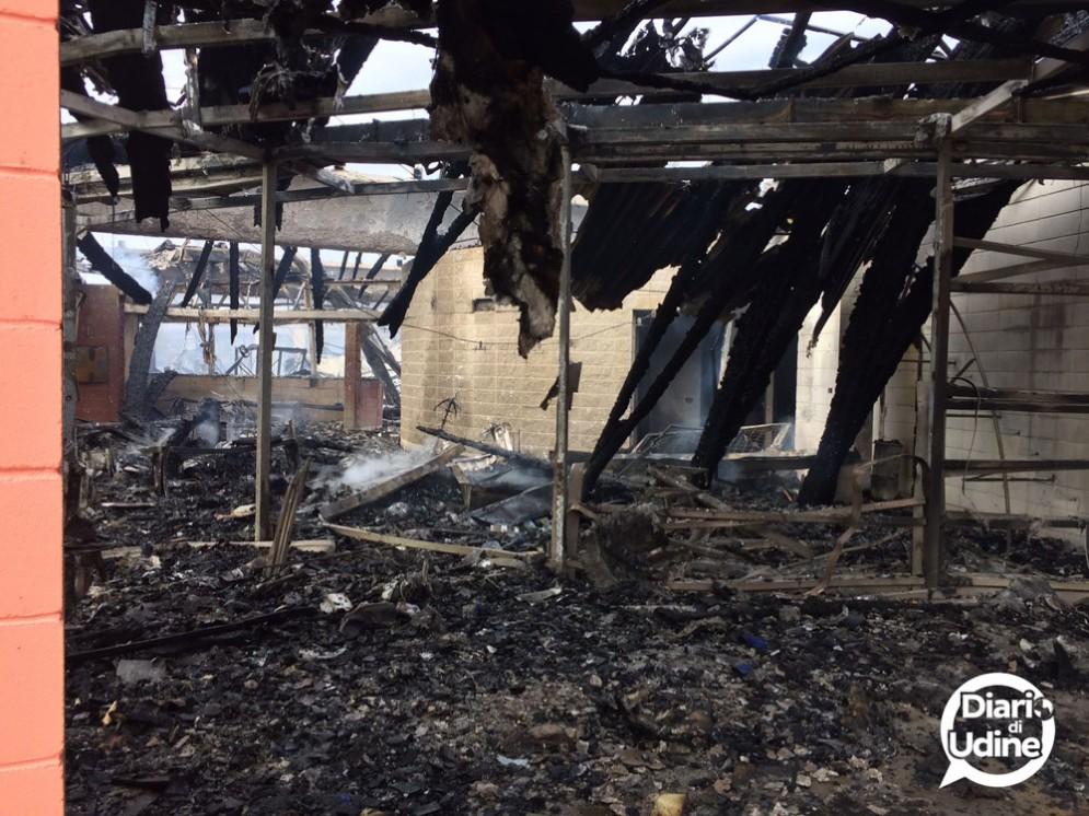 Grave incendio al Catas di San Giovanni al Natisone