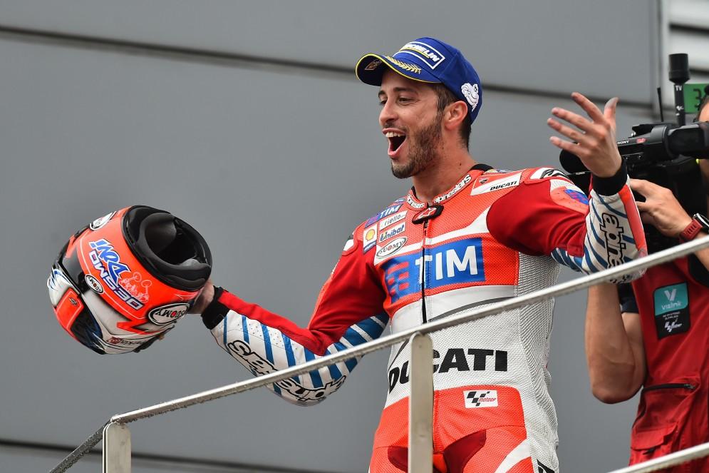 A completare i nove vincitori diversi in stagione ci pensa Andrea Dovizioso, che si impone in Malesia
