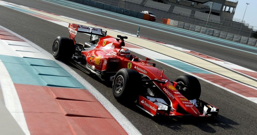 Kimi Raikkonen in azione con la Ferrari laboratorio per provare le gomme 2017