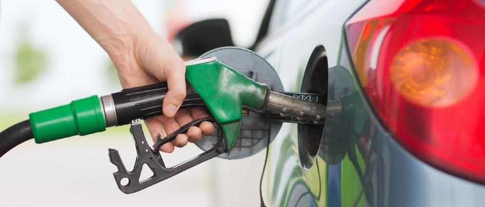 Confermato per i primi 3 mesi del 2017 il bonus carburante
