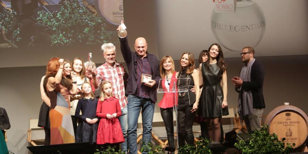 Un'immagine che ritrae alcuni dei vincitori del Premio Nonino del 2016