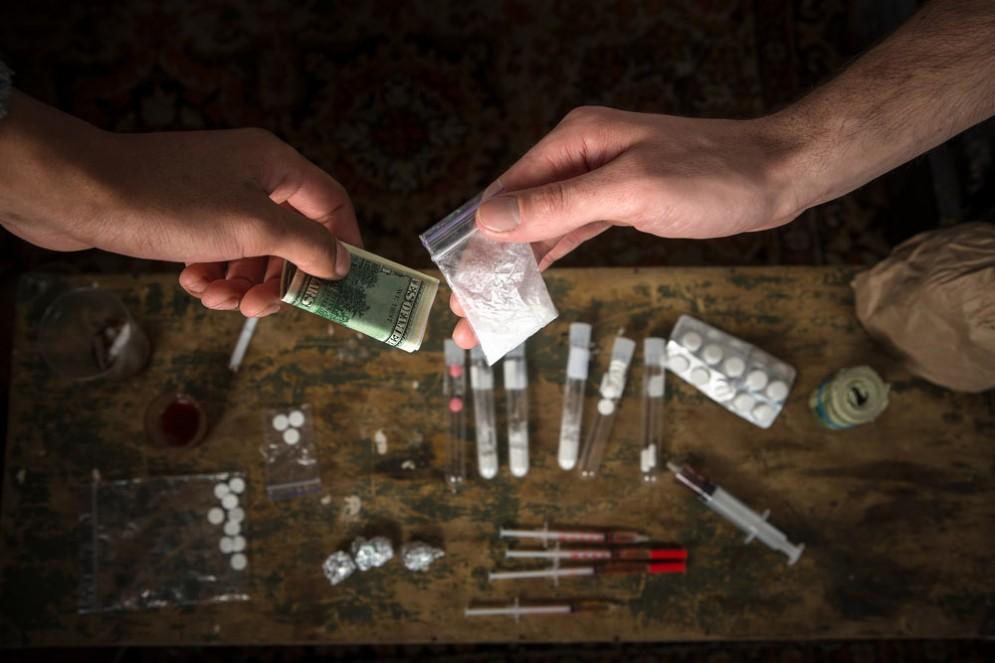 Droga, il suo prezzo e l'accessibilità è diverso nel mondo
