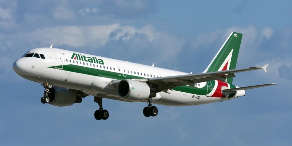 Alitalia perde un milione di euro al giorno.