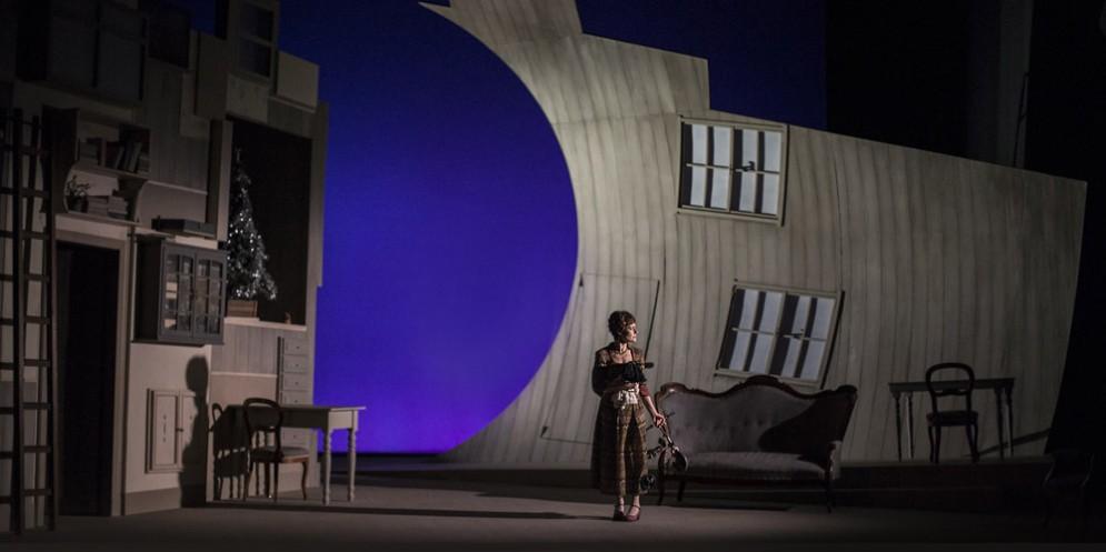 Casa di Bambola: in scena l'attualità del teatro di Ibsen