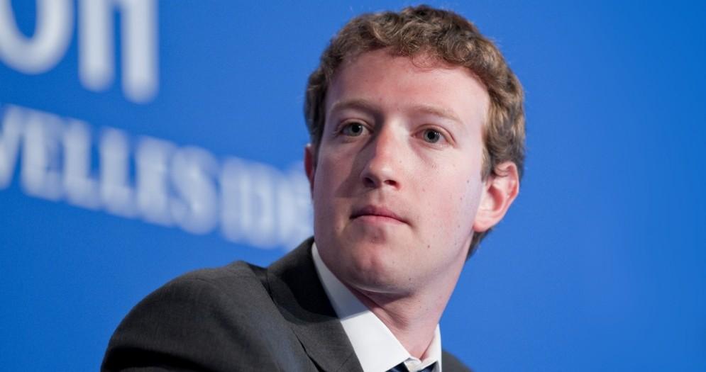 Trump blocca i rifugiati, Zuckerberg: «Senza gli immigrati non ci sarebbe l'America»