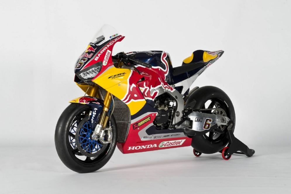 La Honda con la nuova livrea dai colori Red Bull