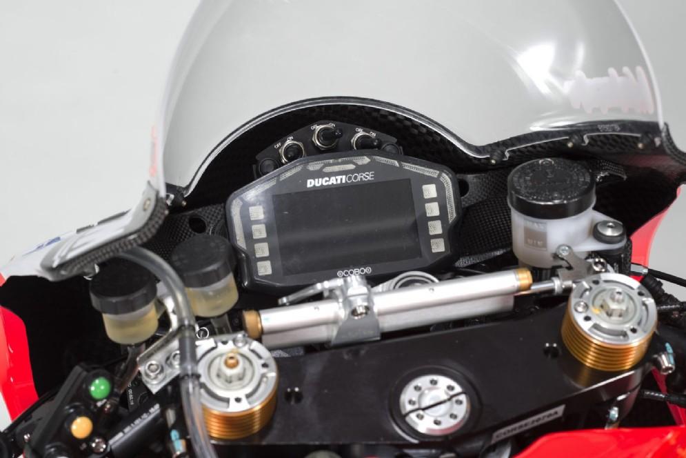 Il cruscotto della Ducati Panigale R 2017