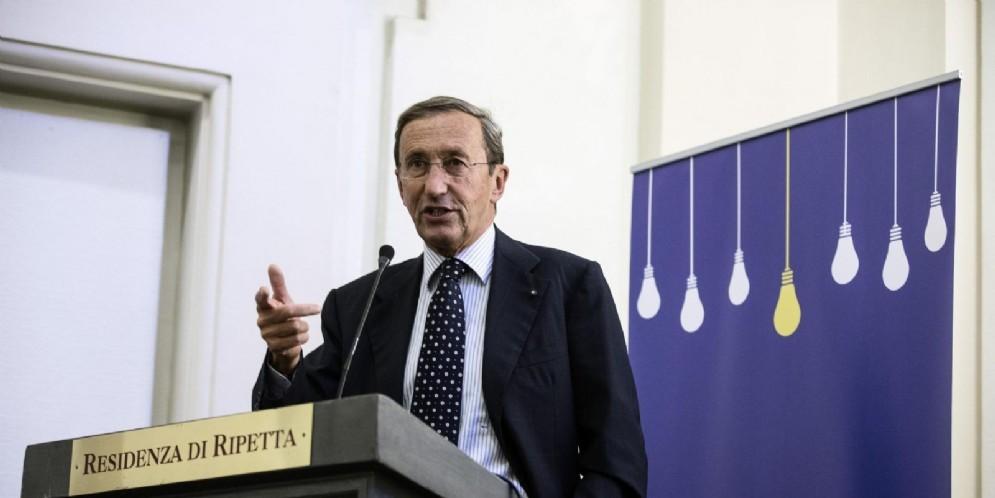 Gianfranco Fini indagato per riciclaggio dalla Procura di Roma