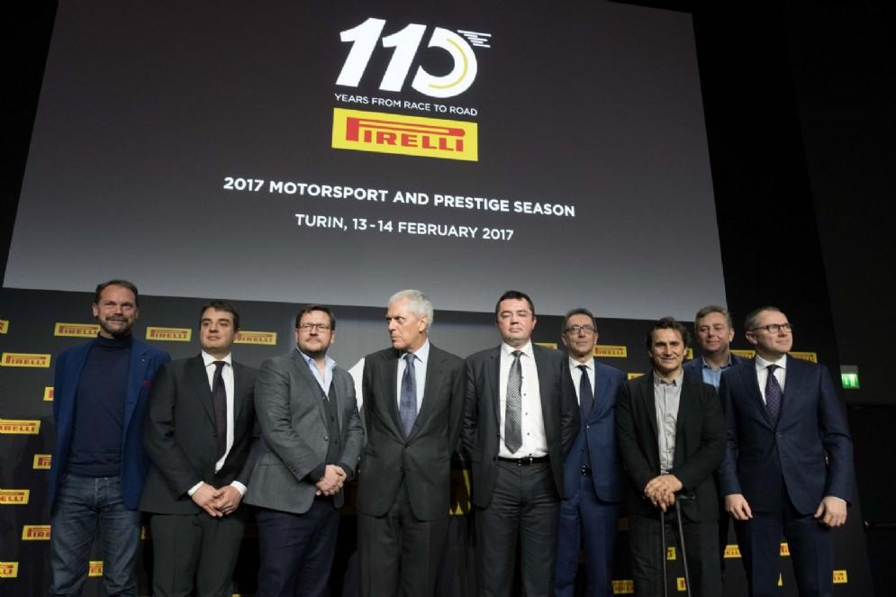 Tutti gli invitati d'eccezione alla presentazione, a destra Stefano Domenicali