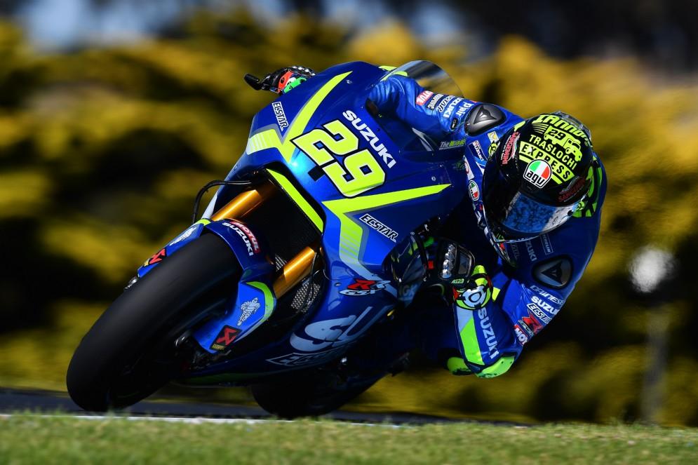 Chiude il podio di oggi l'altro italiano Andrea Iannone, su Suzuki