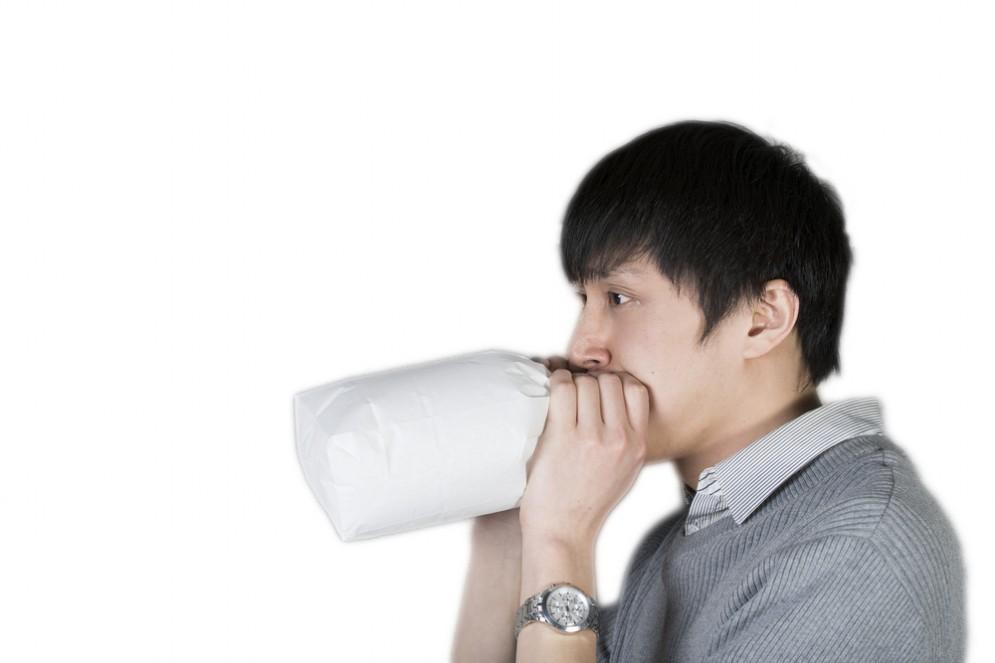 Respirare dentro un sacchetto può ripristinare i livelli di anidride carbonica