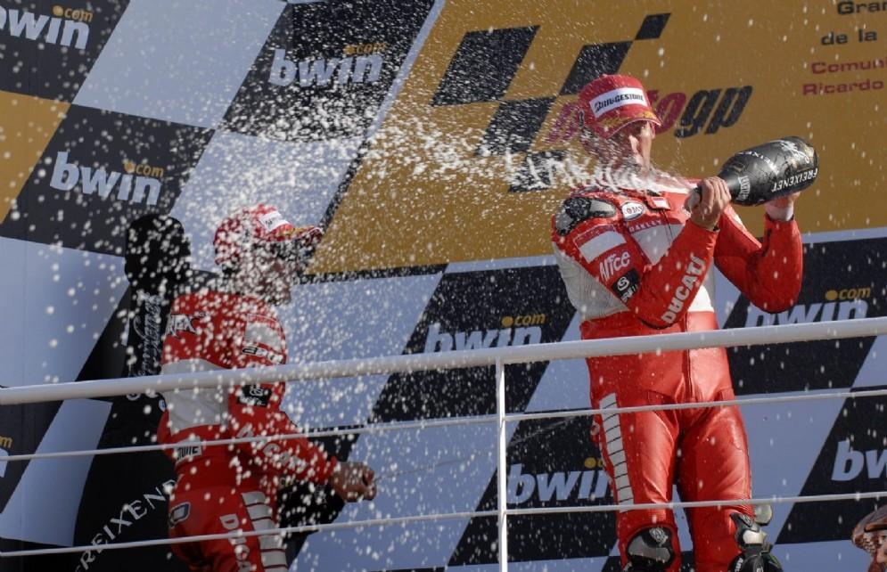 Troy Bayliss nel GP di Valencia 2006, quando si laureò pilota più vecchio a vincere in MotoGP