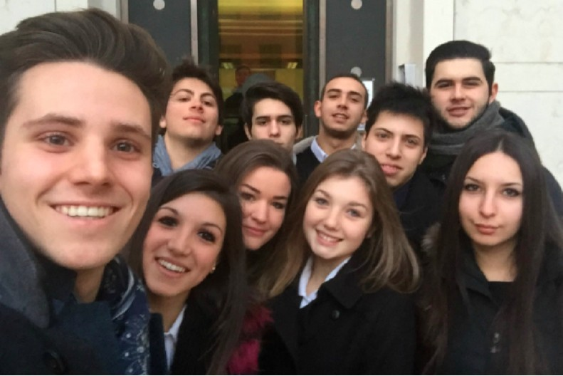 Admir Hika (IIS E. Bona), Enrico Mello (IIS E. Bona), Giulio Zanta (IIS E. Bona), Irene Bosa (IIS E. Bona), Lisa Calgaro (IIS E. Bona), Luca Barone (IIS E. Bona), Marco Santimaria (IIS E. Bona), Nicola Baginelli (IIS E. Bona), Monica Givone (IIS Q. S