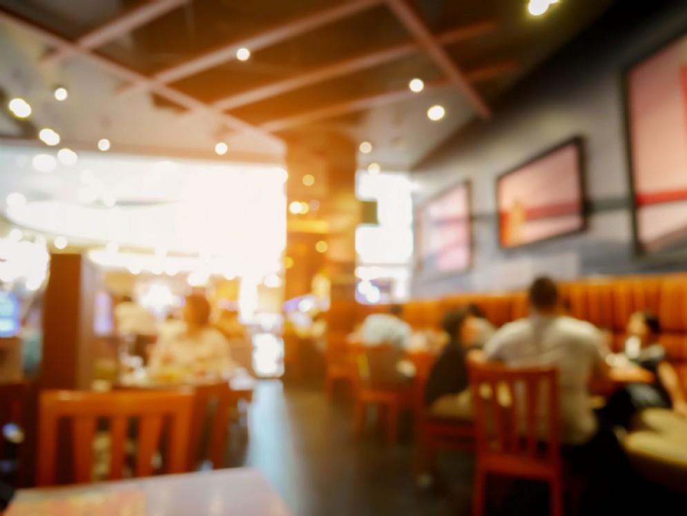 In biblioteca caffè-ristorante di qualità e eventi