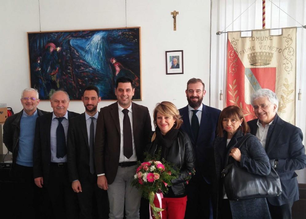 Christian Vaccher (Sindaco Fiume Veneto) e Maria Sandra Telesca (Assessore regionale Salute, Integrazione socio-sanitaria, Politiche sociali e Famiglia)