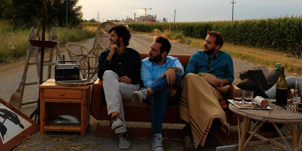 'Cjastrons Live Show': Il trio torna nell'etere