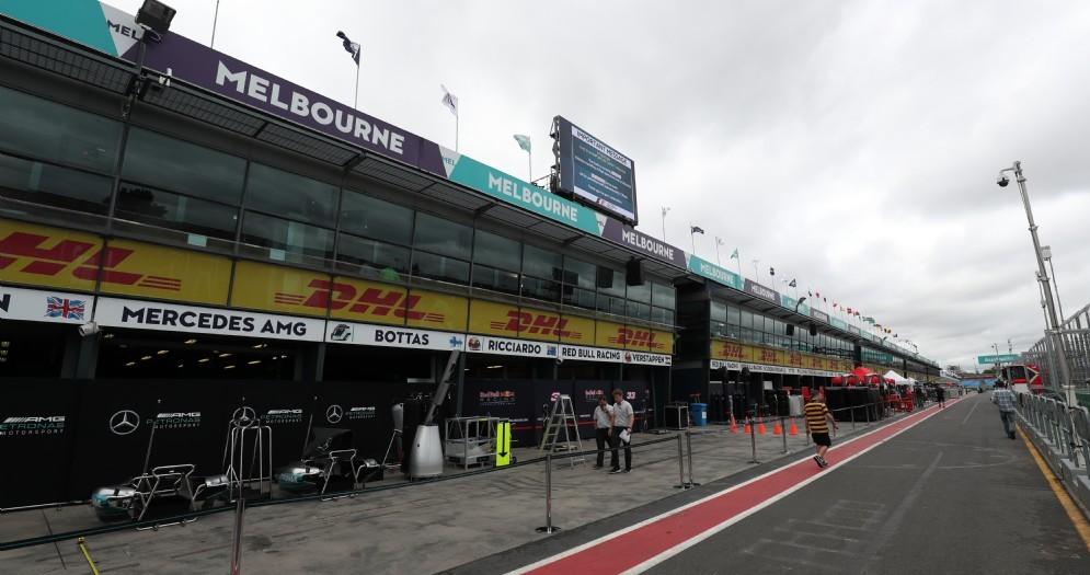 La corsia dei box del circuito di Melbourne
