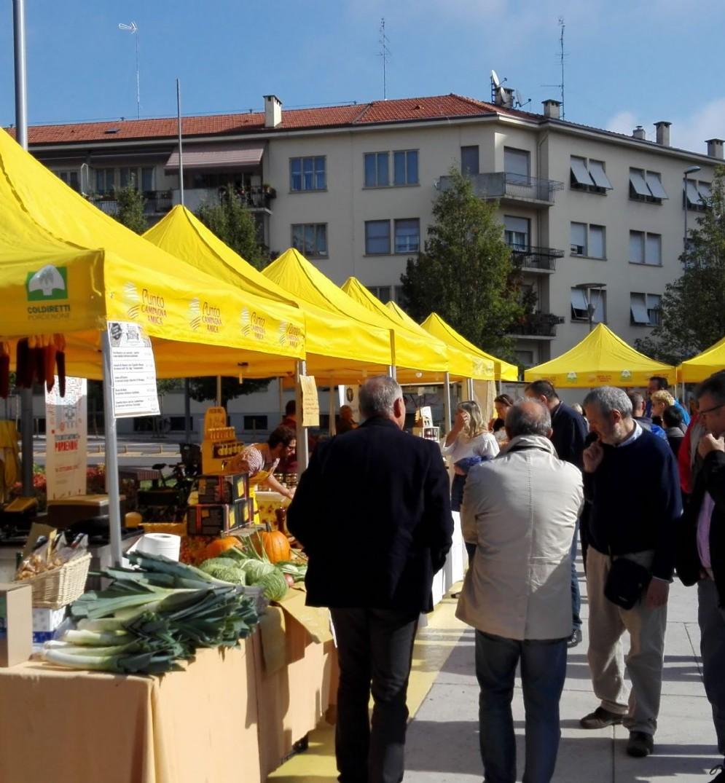Piazza Risorgimento, mercato agricolo ogni giovedì pomeriggio