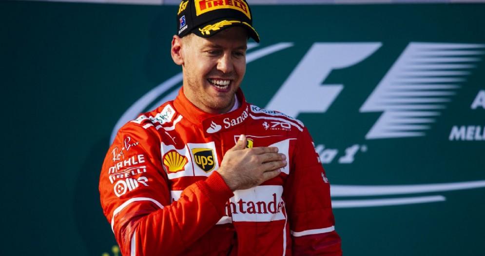 Sebastian Vettel sul gradino più alto del podio in Australia