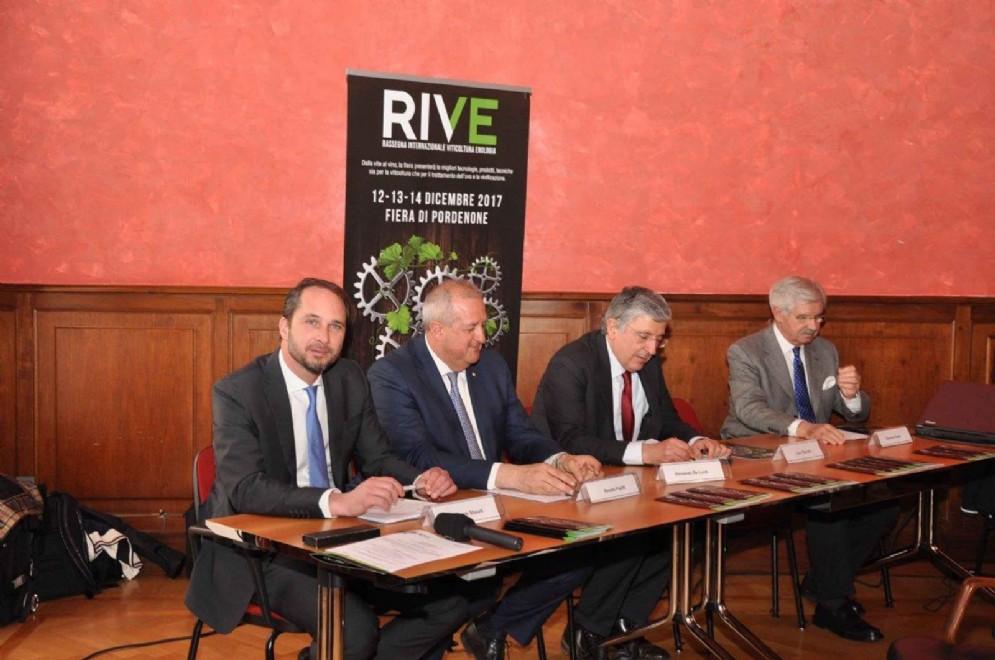 Cristiano Shaurli alla presentazione della prima edizione di RIVE / Rassegna Internazionale di Viticoltura ed Enologia in programma alla Fiera di Pordenone dal 12 al 14 dicembre