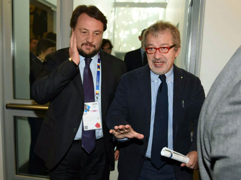L'assessore all'Agricoltura della Regione Lombardia Gianni Fava con il presidente della Regione Roberto Maroni