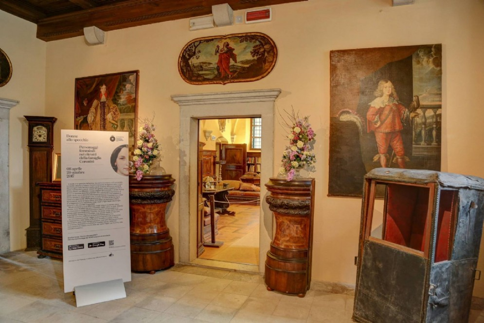 """Aperta anche a Pasquetta la mostra multimediale """"Donne allo specchio"""""""