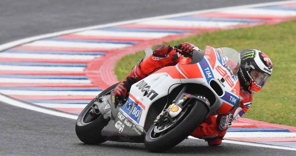 Jorge Lorenzo in azione sulla sua Ducati