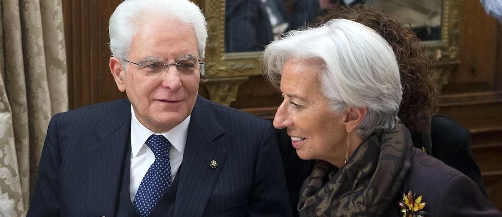 Il Presidente della Repubblica Sergio Mattarella con Christine Lagarde, Direttore del Fondo Monetario Internazionale, durante il pranzo offerto a Villa Firenze dall'Ambasciatore d'Italia negli Usa Claudio Bisogniero, Washington, 8 febbraio 2016