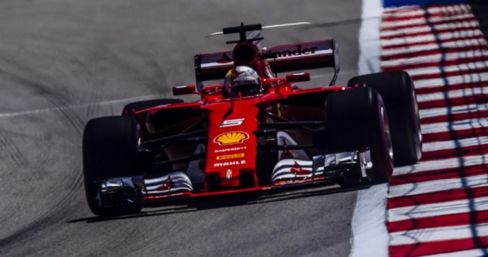 Sebastian Vettel in azione a Sochi