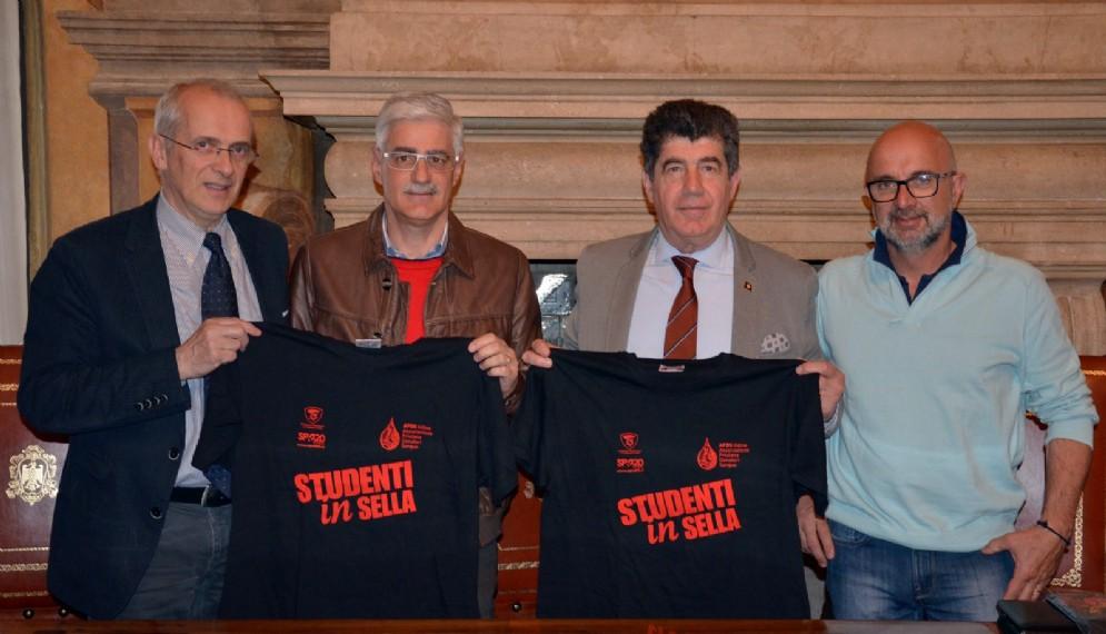 """Nella foto di presentazione di """"Studenti in sella 3"""", da sinistra: Carletti, Flora, Govetto, Michelutti"""