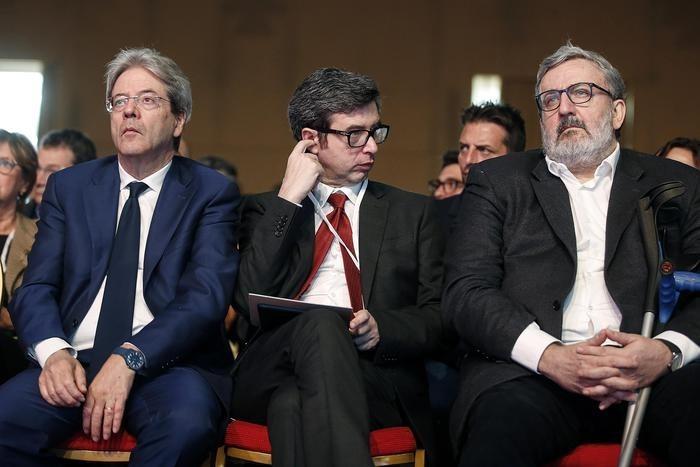 Paolo Gentiloni, Andrea Orlando e Michele Emiliano