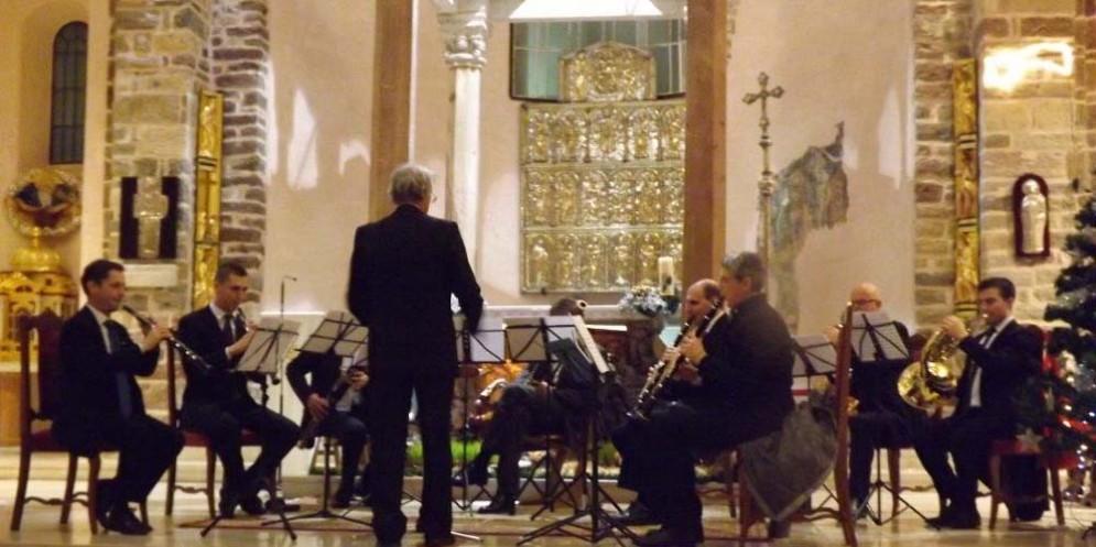Serenade Ensemble si fa in tre
