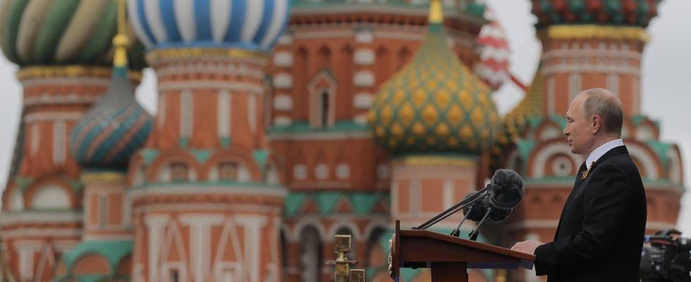 Putin tiene il suo discorso sulla Piazza Rossa in occasione della Parata.