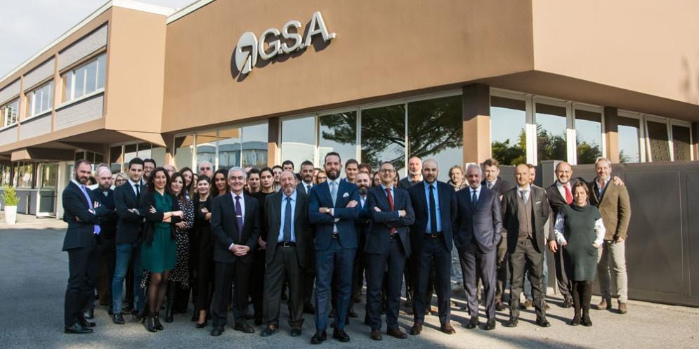 Il personale di G.S.A. della Direzione Generale presso la sede di Tavagnacco (Udine)