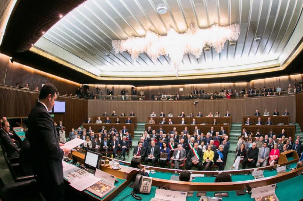 Gli indirizzi relativi alla partecipazione della Regione alla definizione delle politiche dell'Unione europea sono oggetto di dibattito
