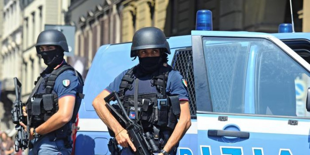 Terrorismo islamico, un fermo e un'espulsione in Puglia