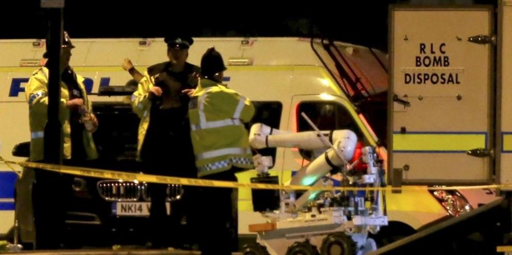 Mezzi di soccorso accorsi dopo la strage