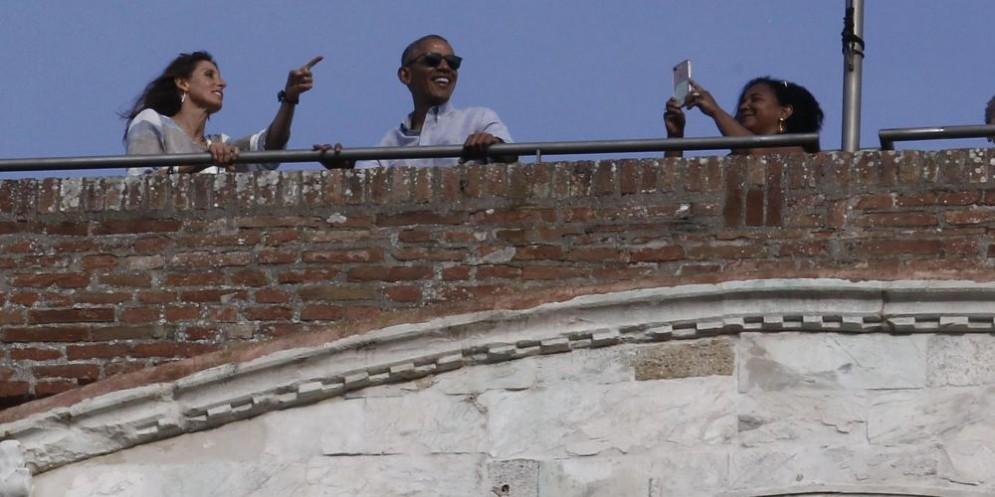 L'ex Presidente si gode la vista senese
