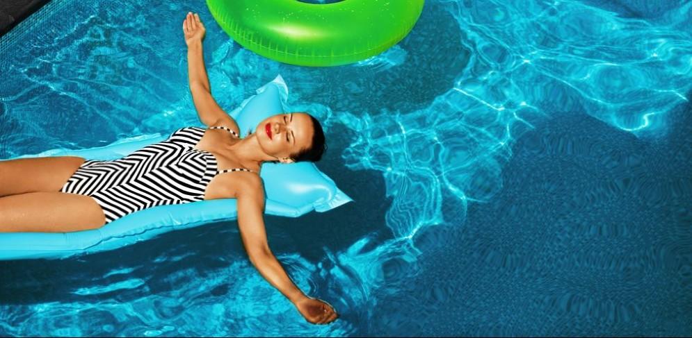 Il caldo estivo aumenta la sudorazione e spesso sono proprio le zone intime a farne le spese