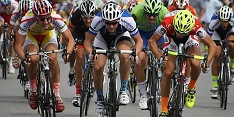 Banca Mediolanum al Giro d'Italia: arriva a Piancavallo la Pedalata amatoriale