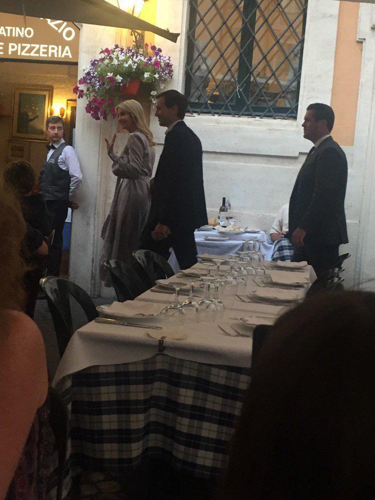 Ivanka Trump e consorte a cena in piazza Sant'Ignazio a Roma