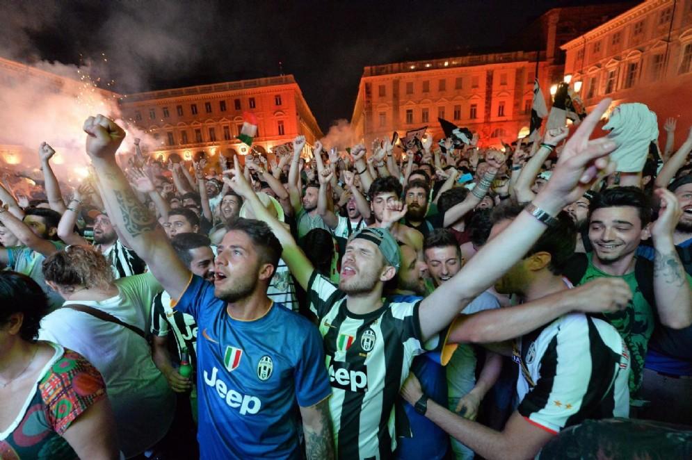 Finale di champions league due maxischermi a torino per for Torino da vedere in un giorno
