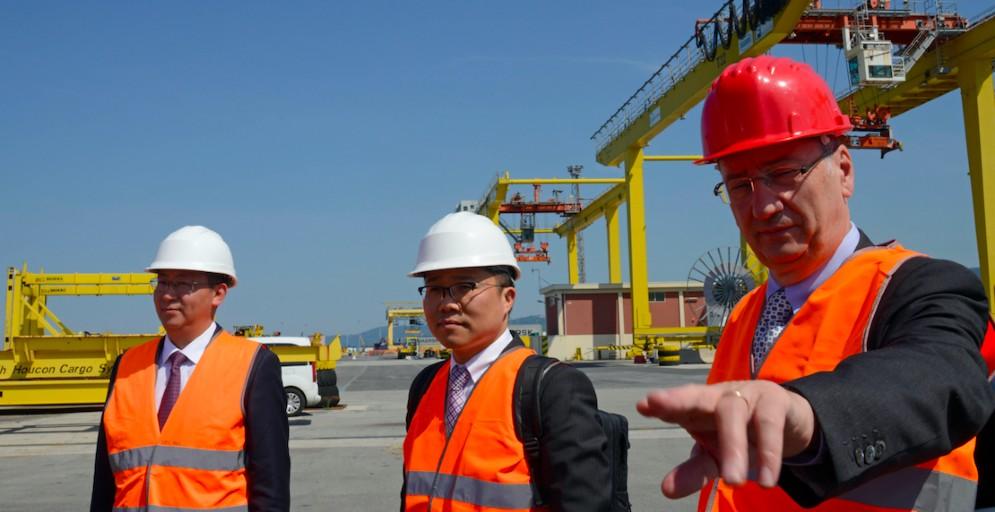 Sergio Bolzonello con la delegazione dell'ambasciata cinese
