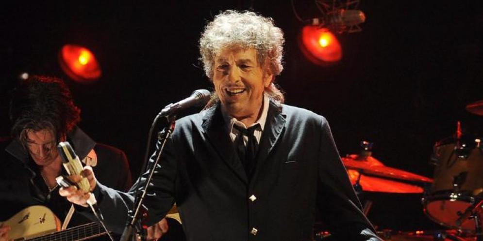 Bob Dylan: le canzoni non si leggono, si cantano