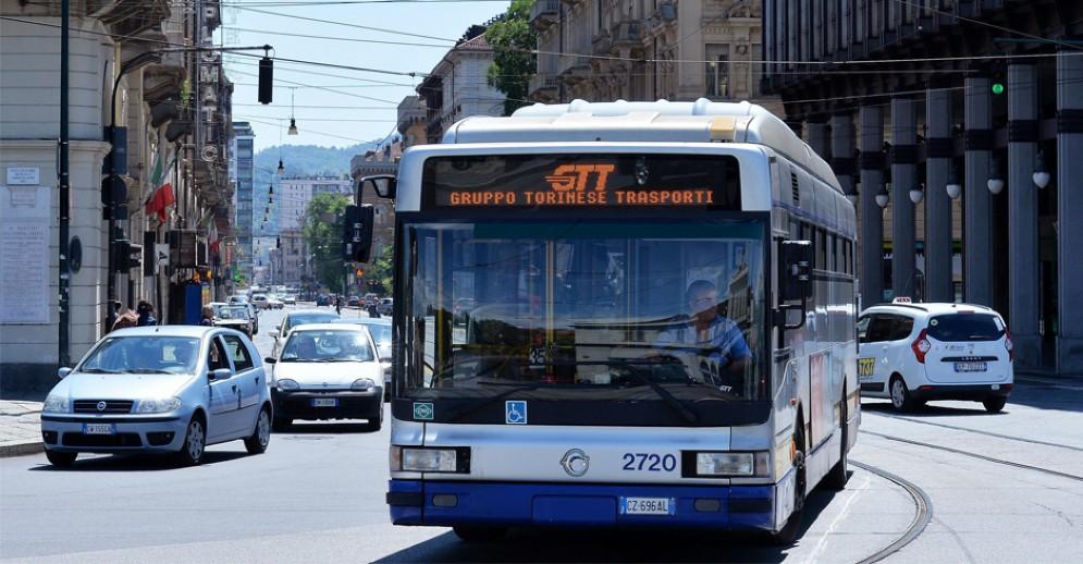 Un pullman Gtt a Torino