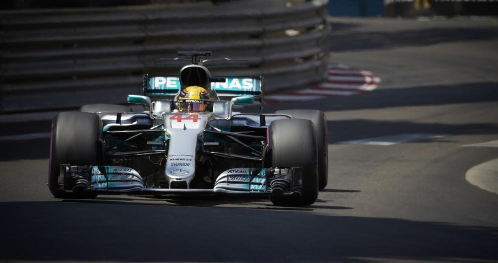 Lewis Hamilton in azione nell'ultimo Gran Premio a Montecarlo